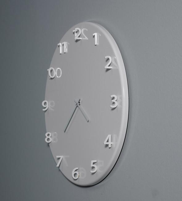 Необычный дизайн часов. Изображение № 9.