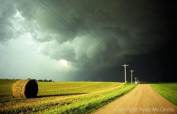 Переменная облачность. Изображение № 49.