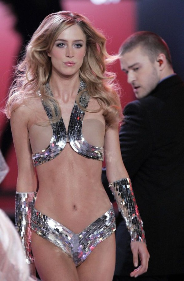 Victoria's Secret Lingerie Fashion Show 2008. Изображение № 54.