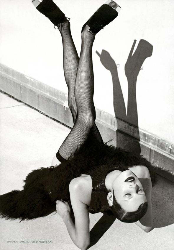 Съёмка: Саския де Брау для Style.com/Print. Изображение № 6.