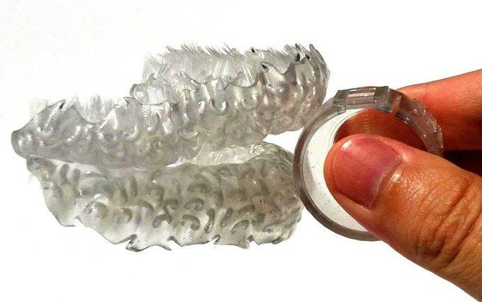 Причудливое устройство чистит зубы за 6 секунд . Изображение № 1.