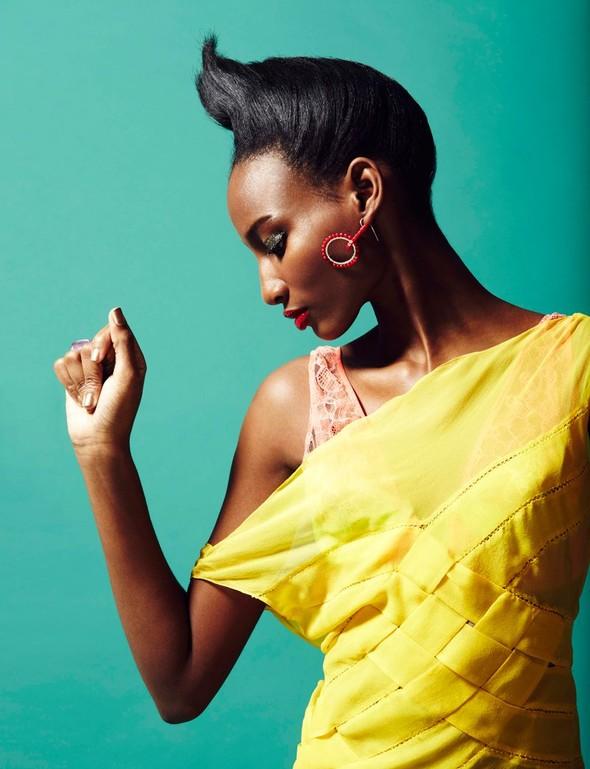 Съёмка: Шена Малтон для Playing Fashion. Изображение № 7.