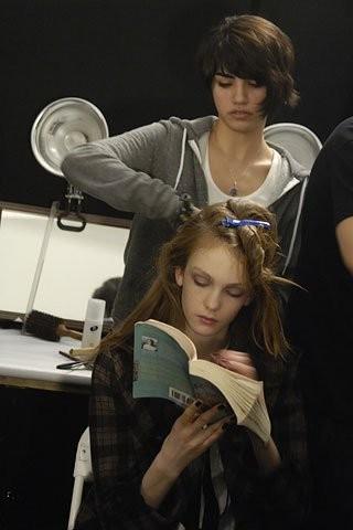 «Читать модно». Изображение № 3.