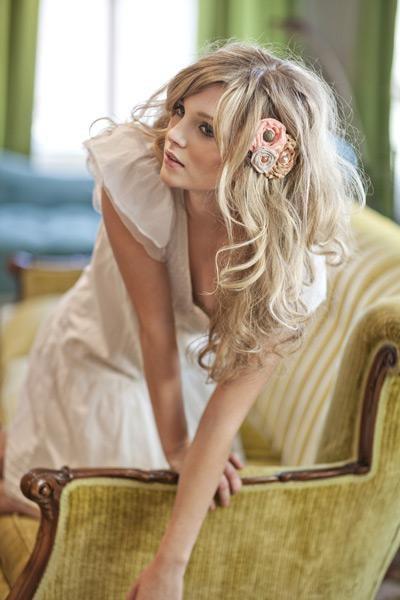 Цветы в волосах. Изображение № 2.