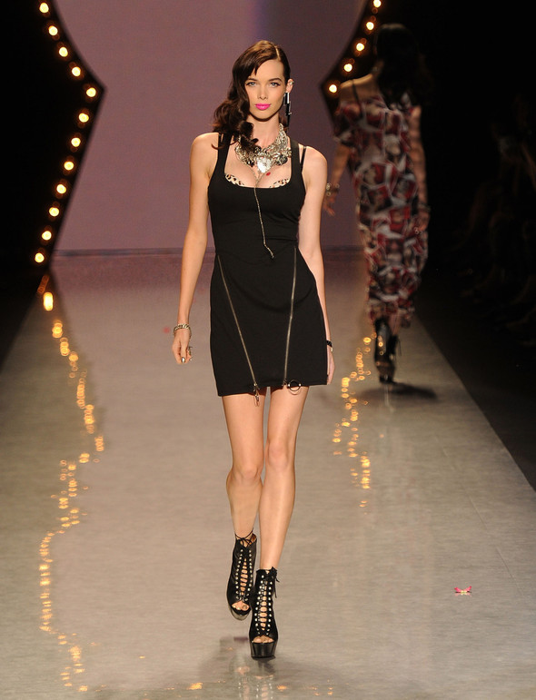 New York Fashion Week: Betsey Johnson Spring 2012. Изображение № 45.