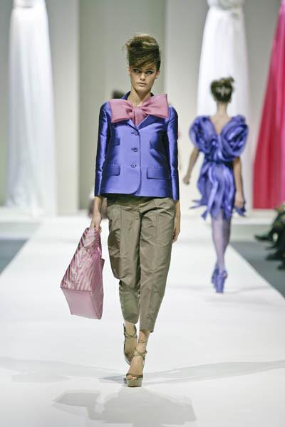 Moschino : шутник ихулиган итальянской моды. Изображение № 9.
