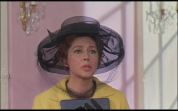 Movie-Looks: «Шербурские зонтики». Изображение № 23.