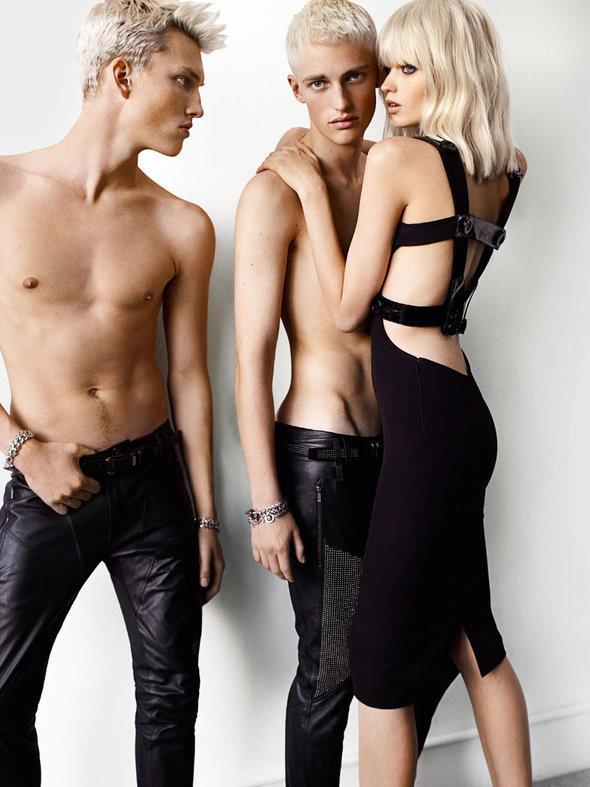 Изображение 15. Рекламные кампании: Chloe, Jean Paul Gaultier, Michael Kors и Versace.. Изображение № 16.