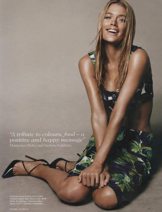 Съёмка: Дэниел Джексон для британского Vogue. Изображение № 8.
