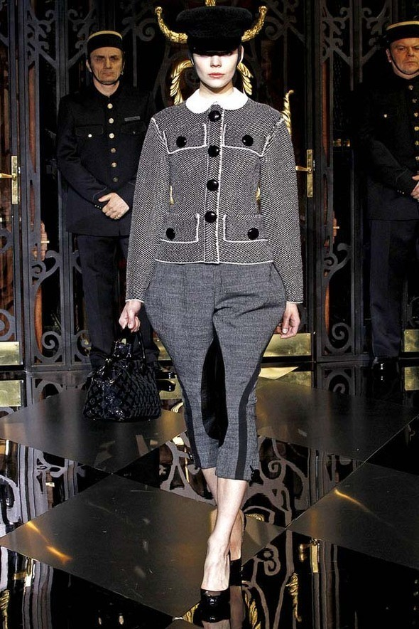 Изображение 12. Louis Vuitton Fall 2011.. Изображение № 12.