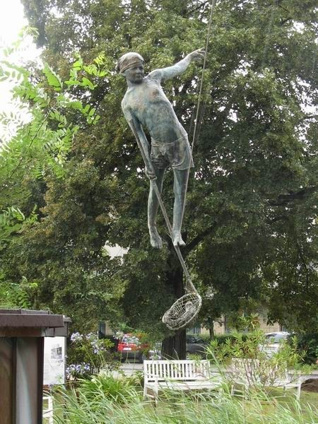Скульптуры Джерзи Кедзиоры, парящие в воздухе. Изображение № 44.
