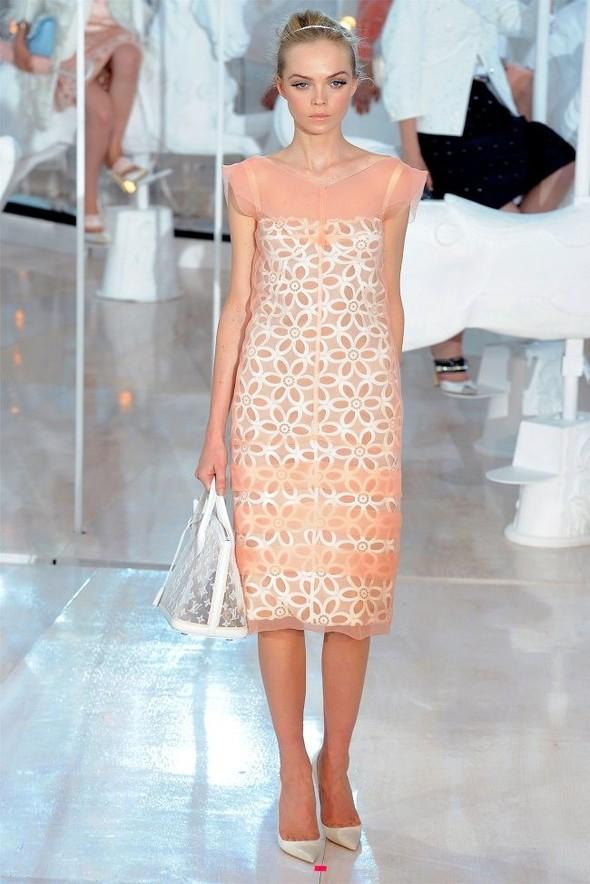 Неделя моды в Париже: Louis Vuitton весна 2012. Изображение № 4.