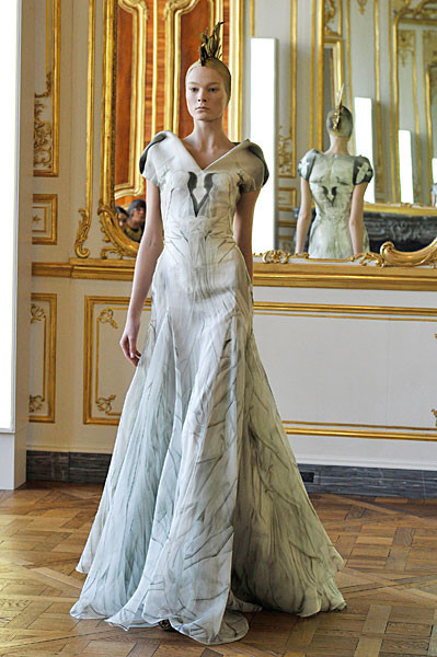 Последняя коллекция Alexander McQueen. Изображение № 11.