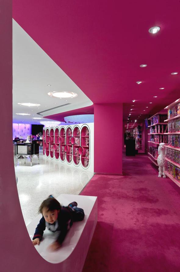 Огромный магазин Barbie вШанхае!. Изображение № 6.