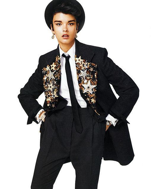 Съёмка: Кристал Ренн в Dolce & Gabbana для Vogue. Изображение № 2.