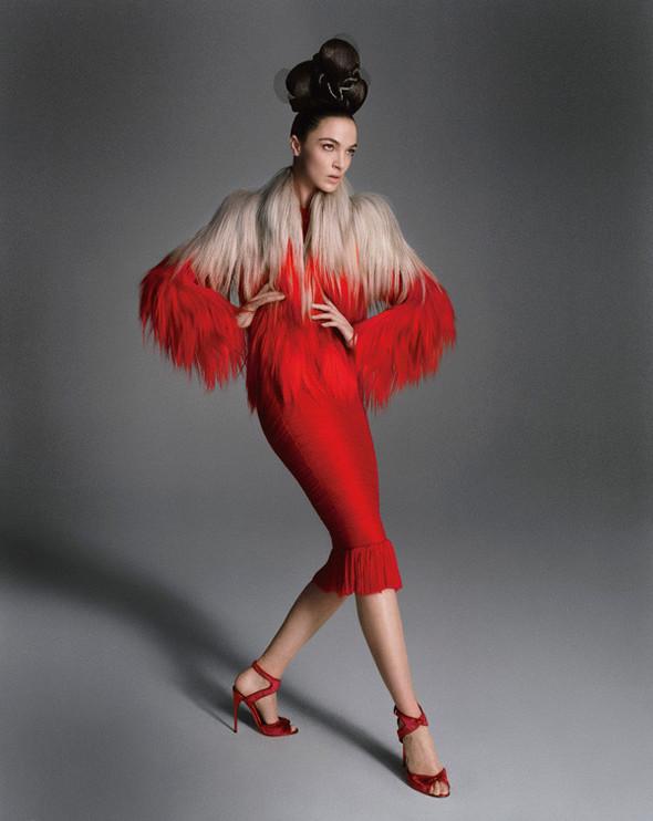 Съёмка: Мариакарла Босконо для Bergdorf Goodman. Изображение № 12.