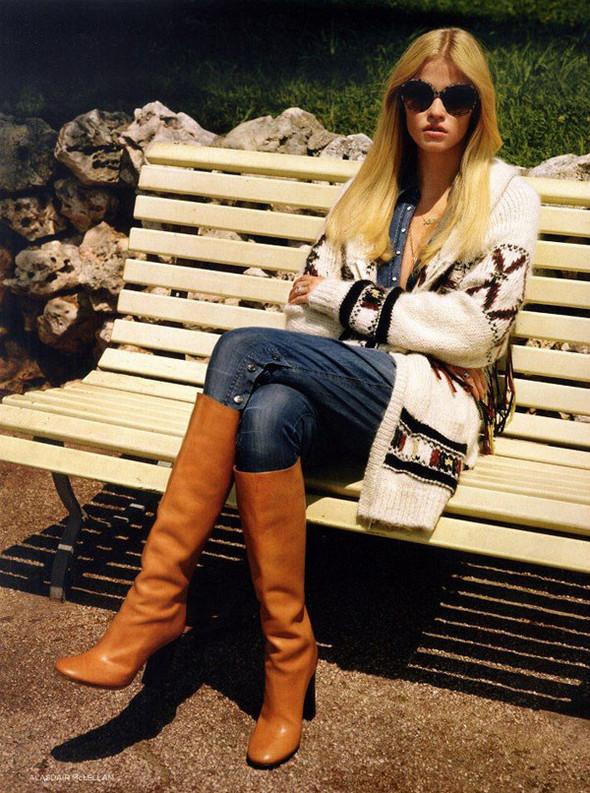 Лара Стоун в Vogue UK. Изображение № 10.
