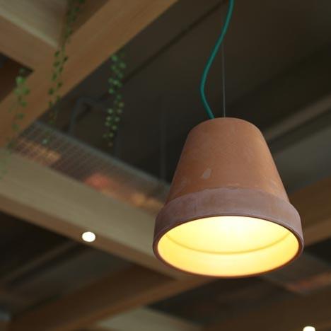 На скорую руку: Фаст-фуды и недорогие кафе 2011 года. Изображение № 67.