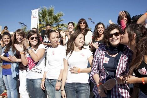 Как одеваются испанcкие женщины?. Изображение № 4.