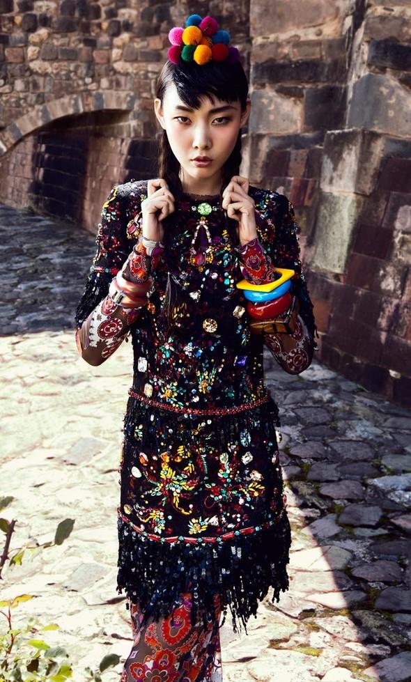 Новые съемки: Vogue, 25 Magazine, Exit. Изображение № 9.
