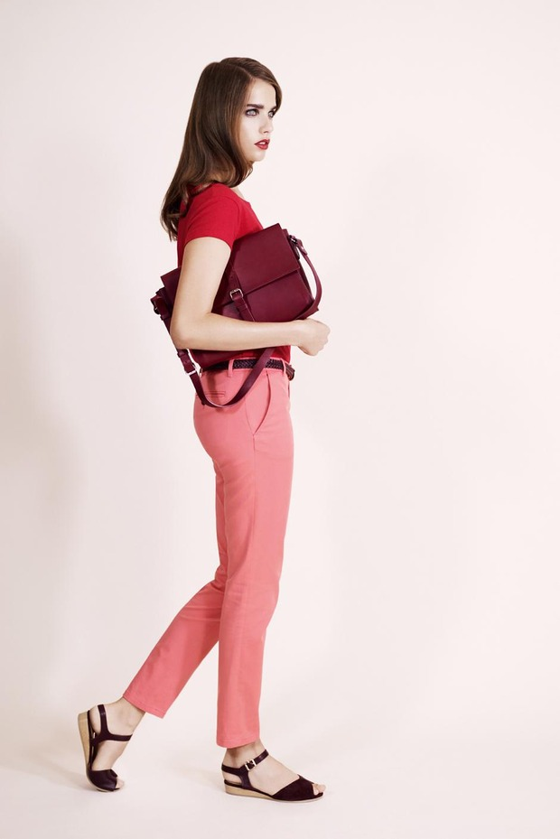 A.P.C., Chanel, MM6, Mother of Pearl, Paule Ka и Yang Li выпустили новые лукбуки. Изображение № 9.