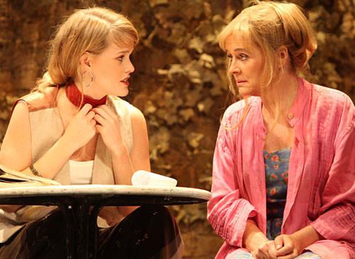 Блондинка с амбициями. Изображение № 6.