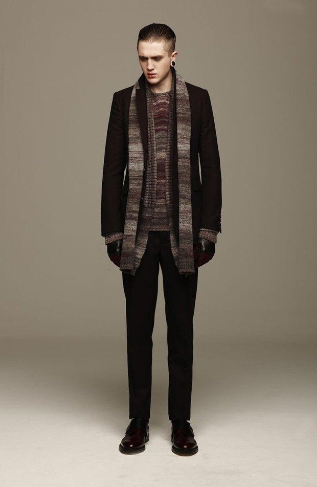 Marni и Marc Jacobs выпустили новые лукбуки. Изображение № 76.