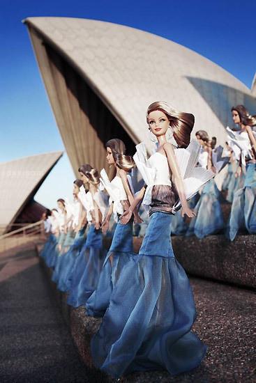 Изображение 3. Фотошоу для Sydney Opera Barbie.. Изображение № 4.
