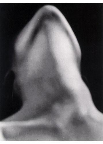 Части тела: Обнаженные женщины на винтажных фотографиях. Изображение №63.