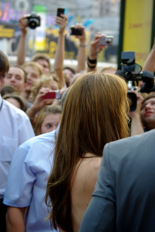Анджелина нагревает Москву. Изображение № 14.