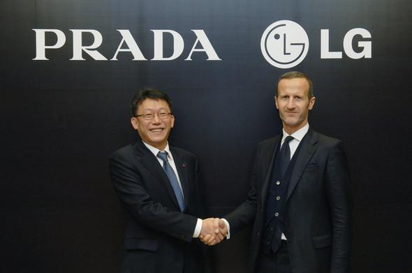 PRADA и LG заключили эксклюзивное соглашение. Изображение № 1.