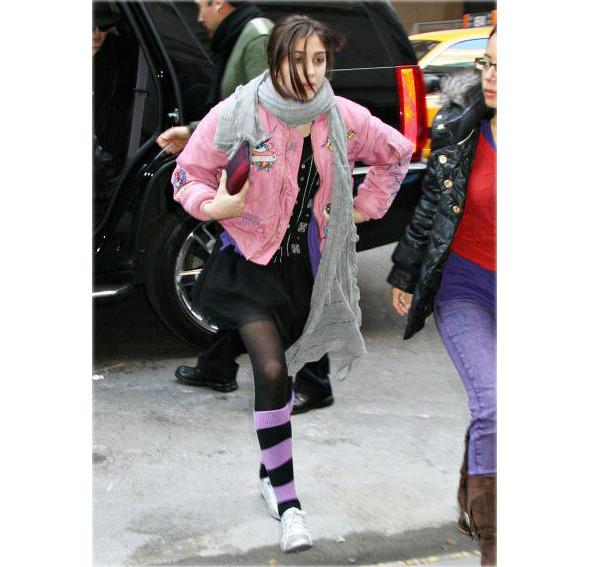 Мадонна создает одежду вместе с дочерью. Изображение № 9.