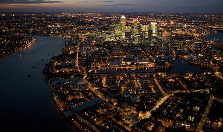 Jason Hawkesмне приснилось небо Лондона. Изображение № 9.