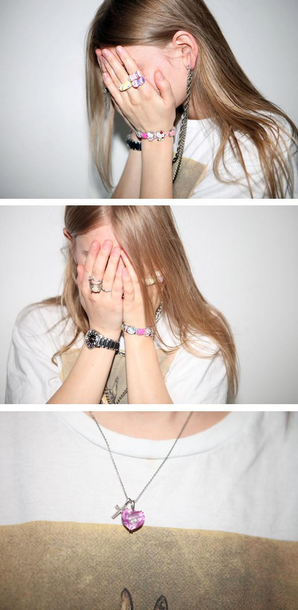 Гардероб: Маша Мел, фотограф, главный редактор журнала Vrag Mag. Изображение № 22.
