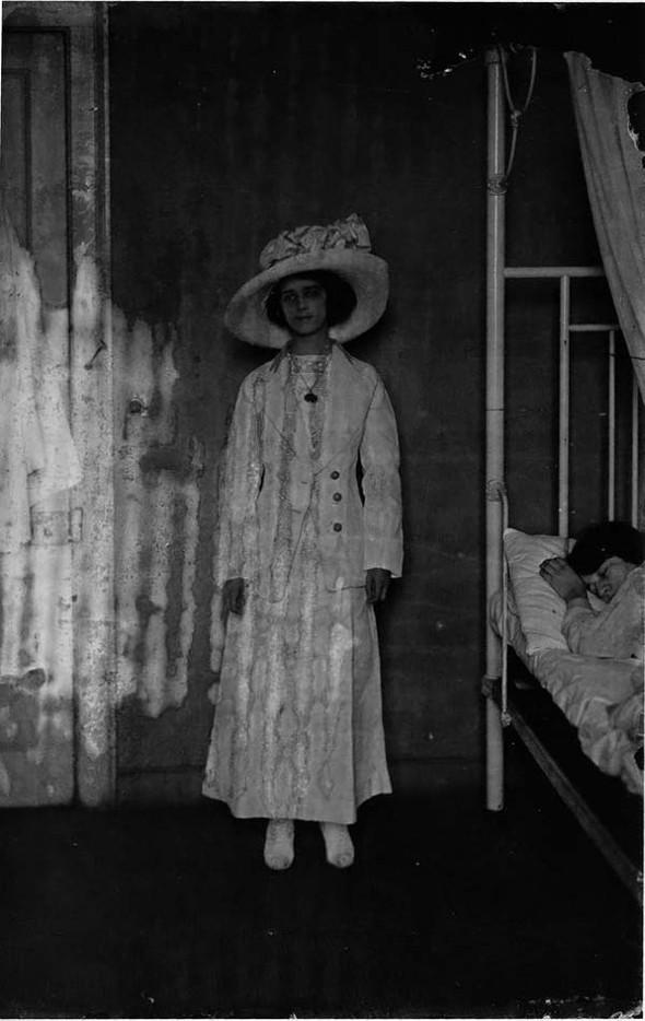 Фотосессия жриц любви 1912 года. Изображение № 22.