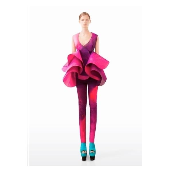 Изображение 18. Лукбуки: Atelier Versace, Sandro, Sonia by Sonia Rykiel и другие.. Изображение № 63.