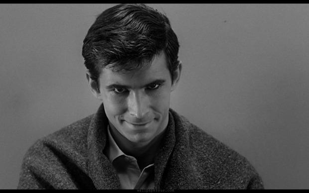 Энтони Перкинс в роли Нормана Бейтса в оригинальном фильме Хичкока. Изображение № 2.