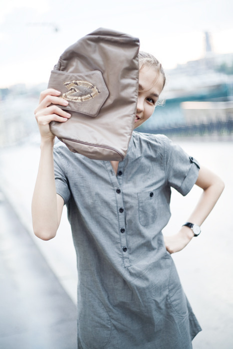 Best Before Shop - винтажные клатчи с историей. Изображение № 1.