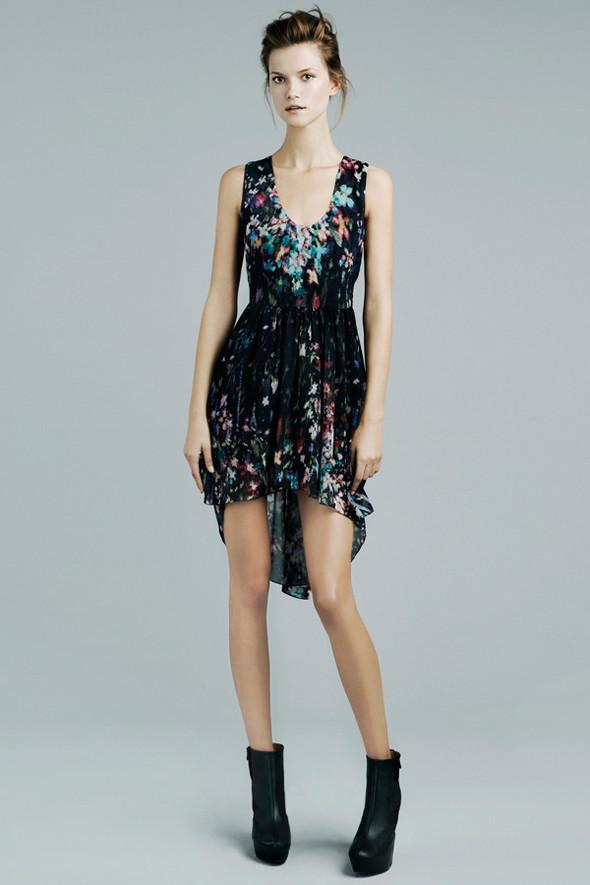 Лукбук: Zara November 2011. Изображение № 4.