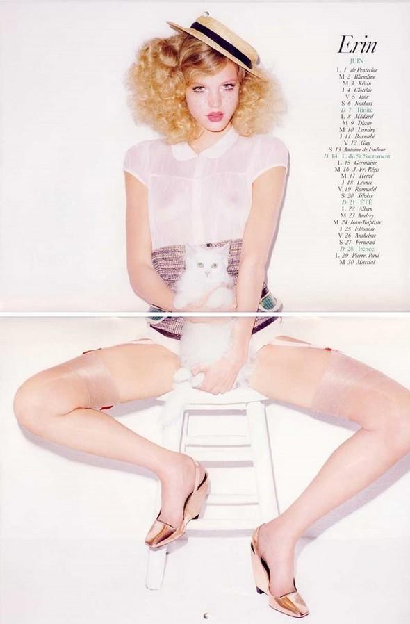 Vogue Paris 2008-2009-2010 Calendar. Изображение № 20.