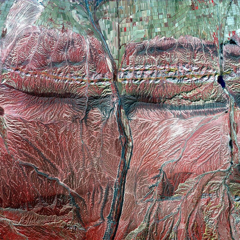 Как выглядит Китай: Сюрреалистичные фотографии из космоса. Изображение № 9.