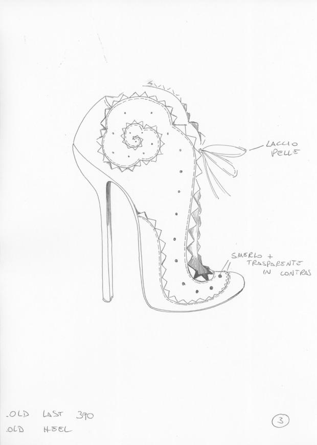 Дизайнер дома Alexander McQueen создал коллекцию обуви для CORSOCOMO. Изображение № 8.