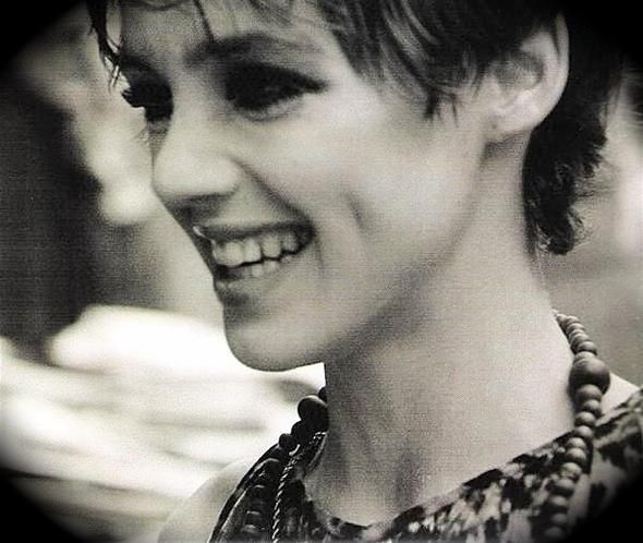Edie Sedgwick – When Andy met Edie life imitated art. Изображение № 10.