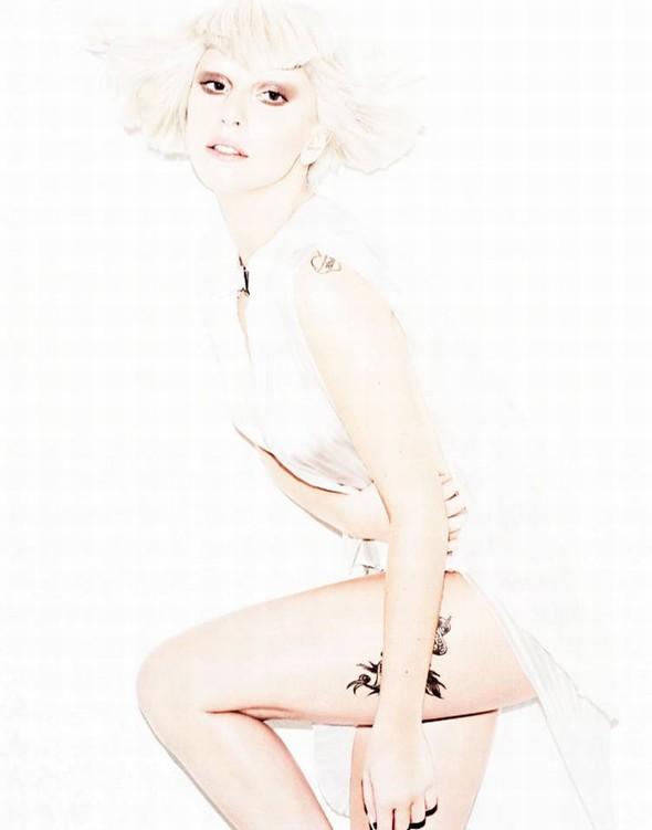 Съёмка: Леди Гага для Elle. Изображение № 2.