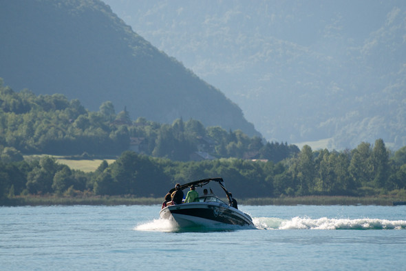 Озеро Анси во Франции. Изображение № 14.