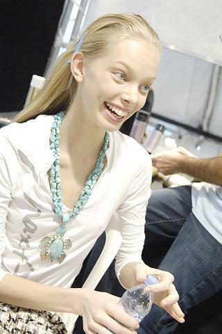 Tanya Dziahileva чистое сияние красоты. Изображение № 59.