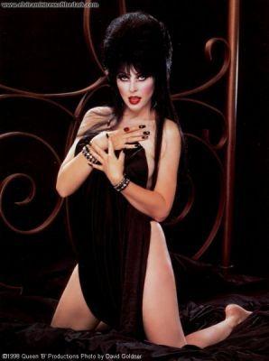 Немного оженщинах – Elvira, Mistress OfThe Dark. Изображение № 2.