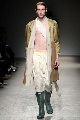 Thimister Haute Couture FW 2010. Изображение № 12.