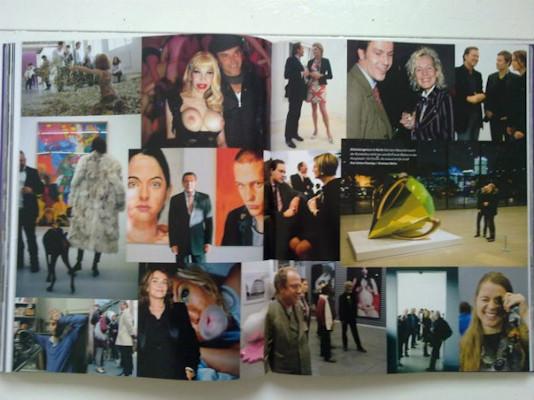 10 альбомов о современном Берлине: Бунт молодежи, панки и знаменитости. Изображение №132.