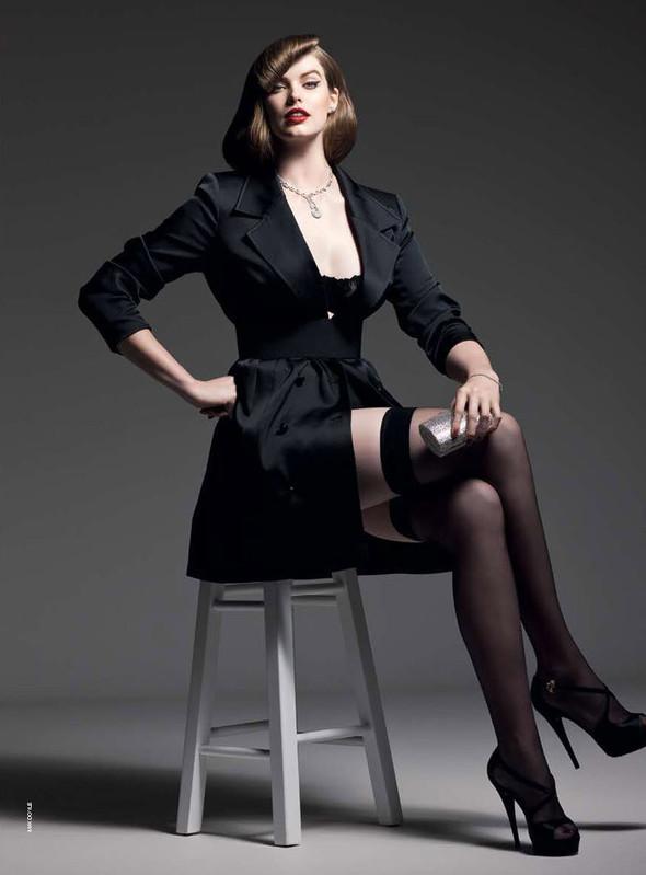 Съёмка: Робин Лоули для австралийского Vogue. Изображение № 4.